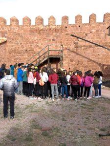 2º ESO de ruta por la historia, visita al castillo de Peracense y al acueducto Albarracín-Cella
