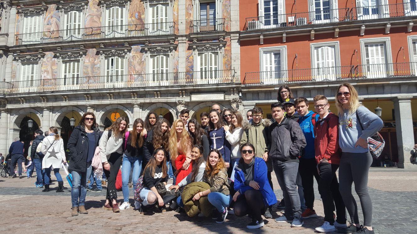 Los alumnos de 4º ESO realizan una visita cultural a Madrid