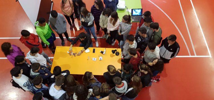 """Los alumnos de 4º ESO visitan """"conecta con la Ciencia"""""""