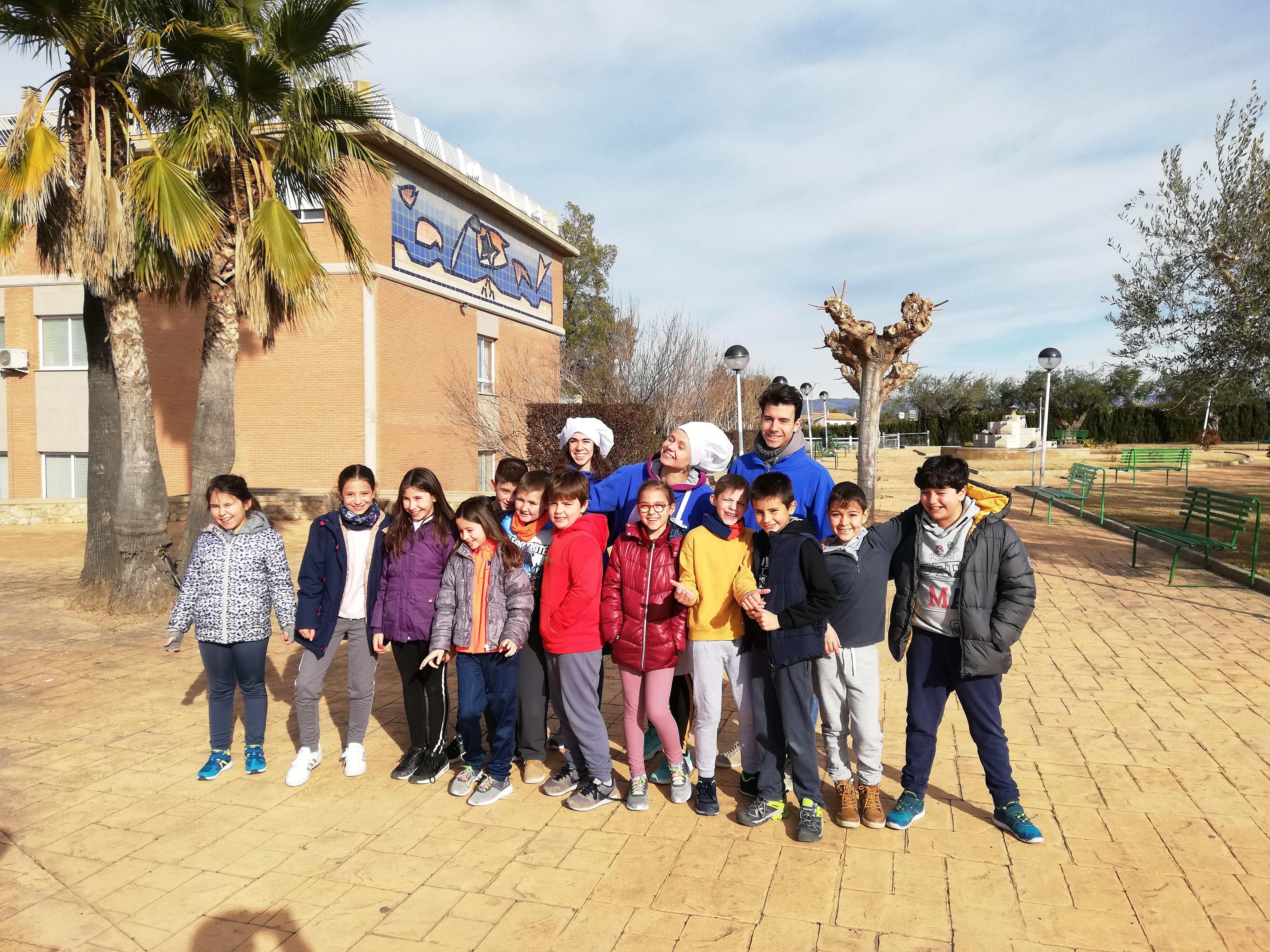 """Alumnos de 4º participaron en la inmersión lingüística en Liria, basada en """"Sallechef"""""""